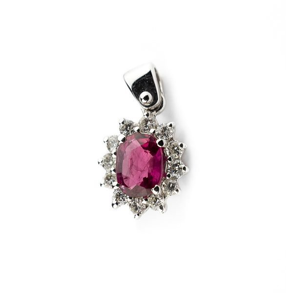 18kt 750 white gold necklace with 0.60ct ruby and 0.20ct diamonds