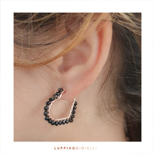 Silver hoop with black spinel